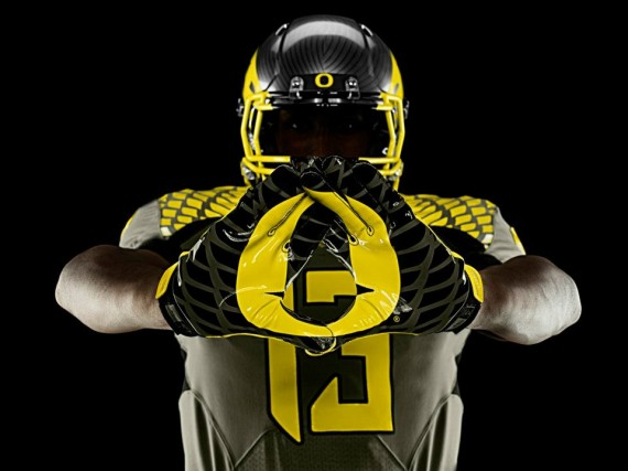 The Oregon Effect on Team Recruiting